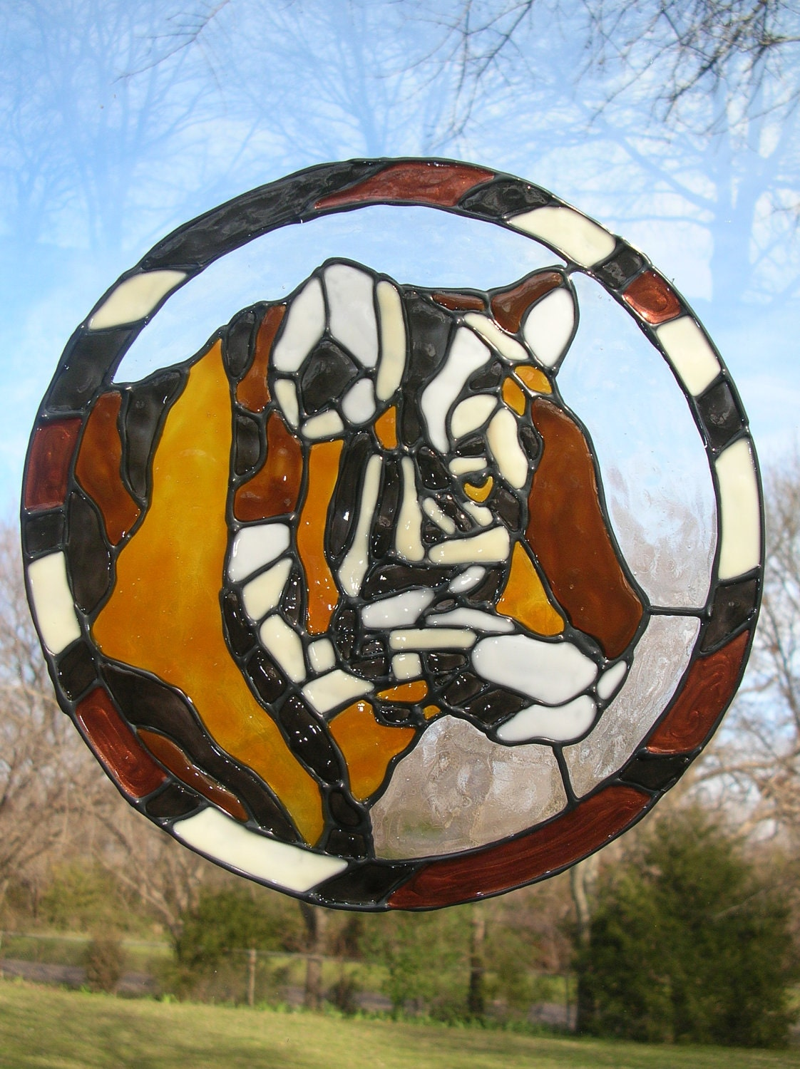 tiger circle stained glass window cling. Black Bedroom Furniture Sets. Home Design Ideas