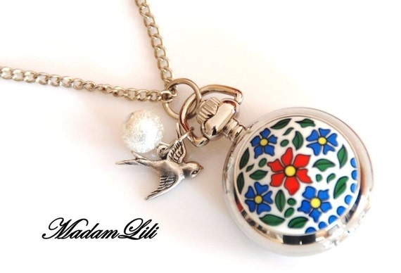 SUMMER Mini Locket Watch BATTERY INCLUDED