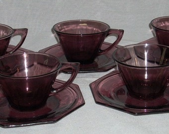 6 Hazel Atlas Moroccan Amethyst Purple Glass Cups and Saucers