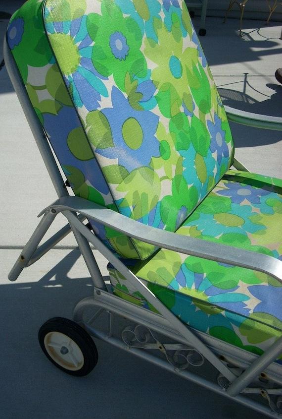 Vintage Aluminum Patio Chaise Lounge Chair