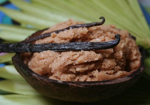 Organic Coconut Vanilla Fudge  Scrub Body Polish SAMPLE from Body Desserts collection