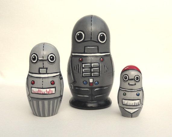 Robot Family Nesting Dolls Set of 3