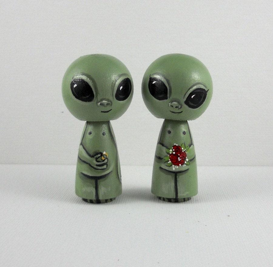 Little Green Men Alien Cake Topper Kokeshi Dolls