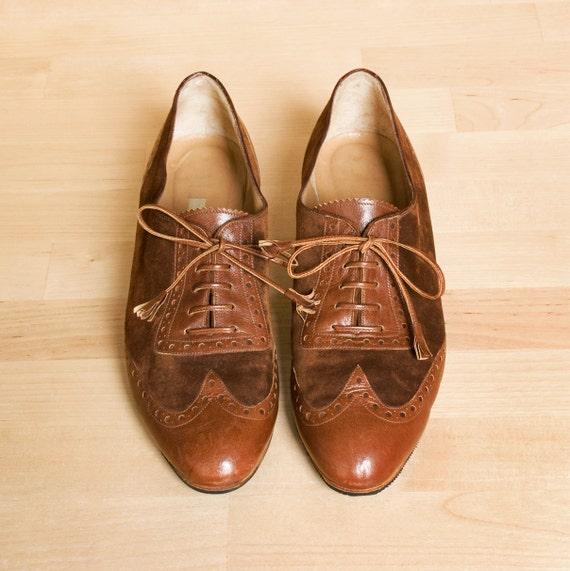 Oxford heels 8.5. Vintage 1980s Perry Ellis cocoa brown leather & suede wingtip oxfords.