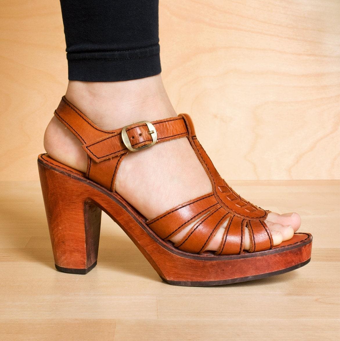wood t platform shoes vintage leather by kenaione