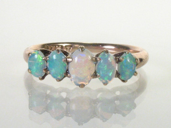 Antique Opal Ring - 10K Gold