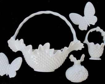 BURWOOD Wall Plaques * Flower Baskets And Butterflies *  Set of Five Pieces * Wall Decor