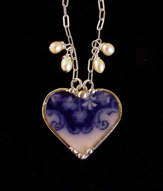Broken China Jewelry heart pendant necklace Flow Blue shamrock clover china, pearls