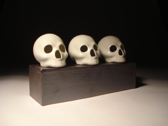 Three Gloss White Skulls With Slab Built Stoneware Stand Sculpture