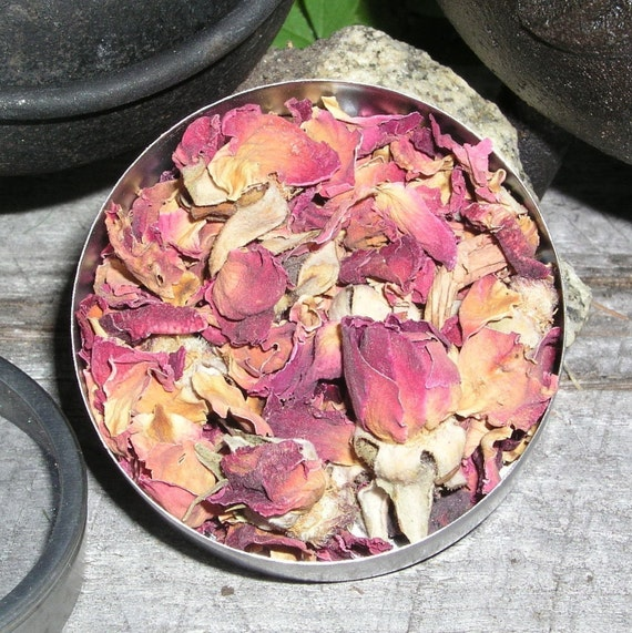 Rose Petals Herb - Love, Psychic Powers, Healing, Love Divination, Luck, Protection