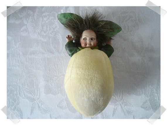 Crazy Peach Doll Ornament/ Home Decor**