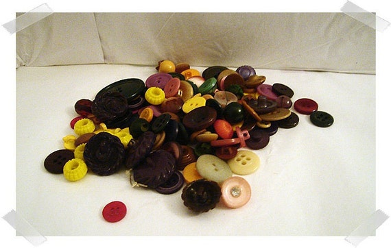 Button Lot/ Assorted Colors/2 & 4 holes/ Shanks/Craft Supplies/ (#012)*