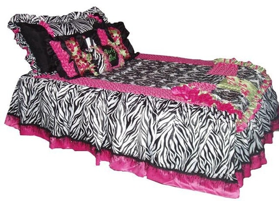 AbbyII Bedspread Style, 5piece Queen custom made