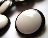 15 Black and White Buttons - Shank