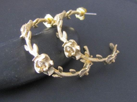 Rose hoop earrings jewelry gift  (EW302)