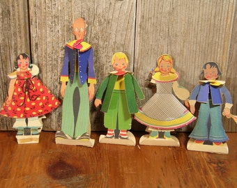 1930s Vintage Paper Doll Family