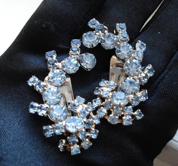 Sparkling Polar Ice Vintage Silver and Blue Rhinestone Clip Earrings