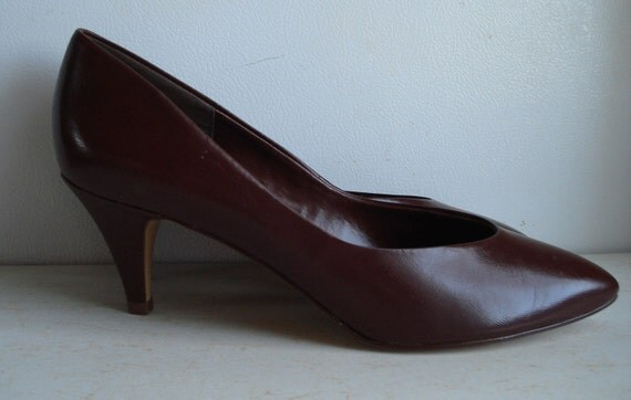 Vintage New Brown Pumps High Heels Size 10