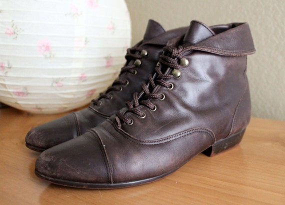 Vintage Brown Leather Lace Up Ankle Boots Size 6