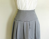 Vintage Navy Houndstooth Pleated Skirt