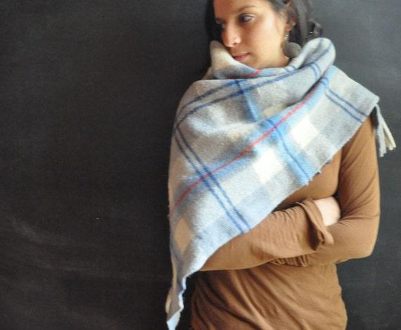 Vintage Wool Plaid Mini Blanket for Lap or Wrap