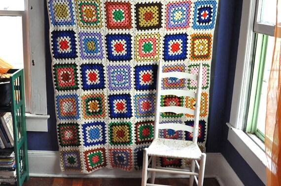 Vintage 70s Afghan Blanket Colonial America Granny Squares