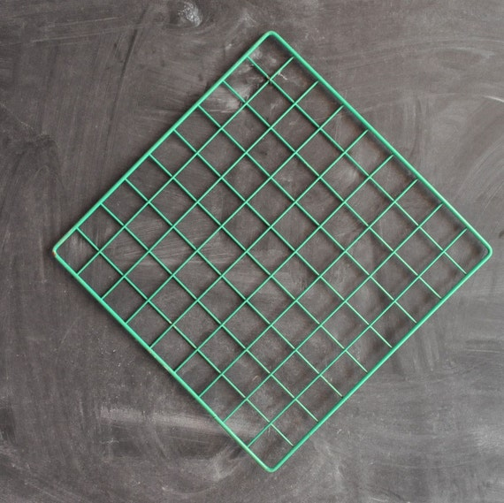 Vintage 80s Green Painted Metal Grid for Display or Decoration