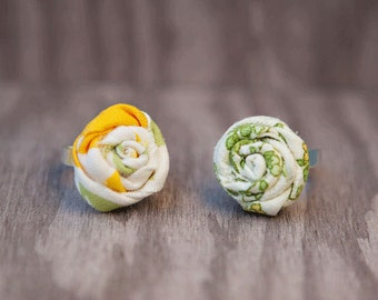 Fabric rosebud rings