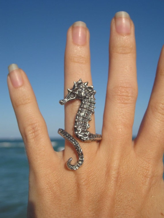 sea horse ring