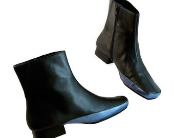 Womens Black Zipper Ankle Booties Leather // Size 8  // Hand Painted Metallic Dark Evening Blue // Super Hero Hipster Glam Aerosoles