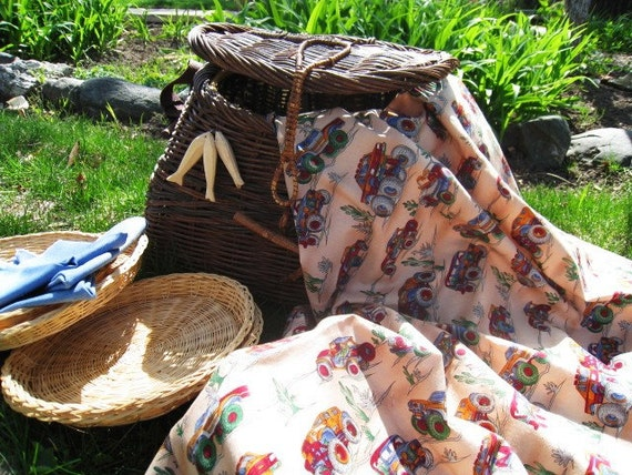 Outdoor and Garden Gone Fishin Picnic Basket Home and Living
