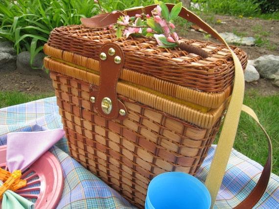 Pastel Plaid Picnic Kit