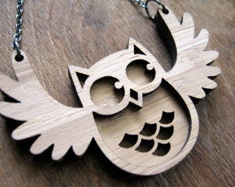 Flappy Owl Pendant, Owl necklace, Wood necklace, gift ideas for girlfriends