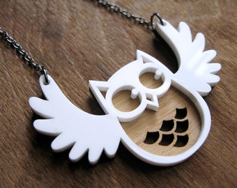 Flappy Snow Owl Pendant, Owl necklace, Wood necklace, gift ideas for girlfriends