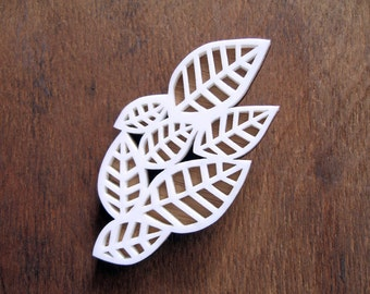 SALE! Brooch of Snow White leaves