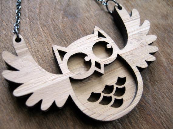 Flappy Owl Pendant