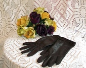 Vintage Faux Alligator Chocolate Brown Ladies Gloves