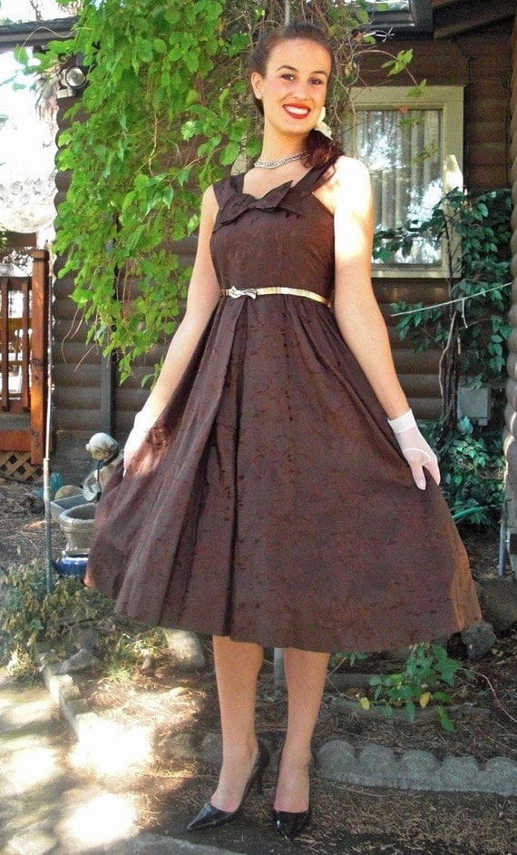 BUTTON ME UP WITH RIBBONS and  A BOW- VINTAGE 1950s BONWIT TELLER - CHOCOLATE BROWN PARTY/SWING/COCKTAIL DRESS
