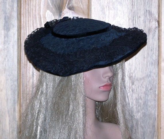 1950s Vintage Lane Bryant  Black Lace and Velvet Pancake Style  Beautiful Ladies Hat