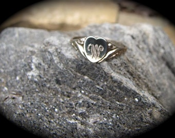 Vintage Signet Sterling Silver Heart Ring/Silver Signet Ring/ Heart Ring
