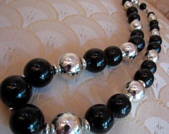 Vintage  Mid Century Black & Silver Tone Beaded  Fashion Necklace