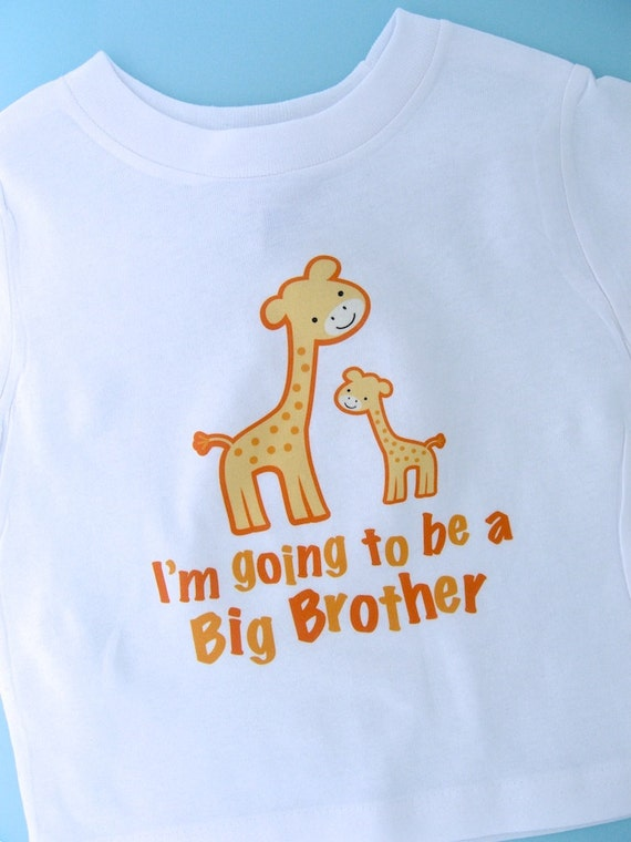 I'm going to Be a Big Brother Giraffe Tee Shirt or Gerber Onesie (04032012a)