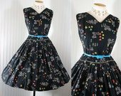 Vintage 1950s Dress GO BY TRAIN Adorable Novelty Print Cotton Full Skirt Party Sundress w Trains Bicycles Cars Carriages L