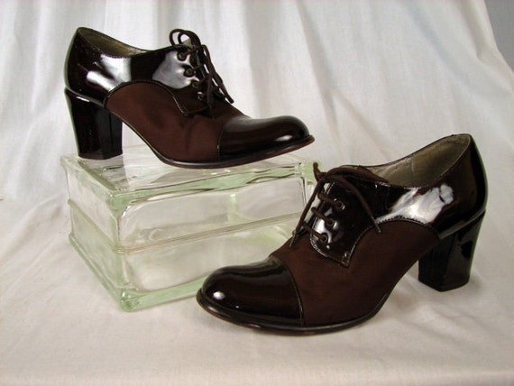 Vintage 80s does 30s 40s Shoes CHOCOLATE DROP Two Tone Oxford Lace Up Swing Heels 8 1/2 8.5