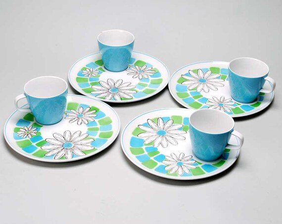 Vintage Mikasa Cera Stone  snack  plates with cups