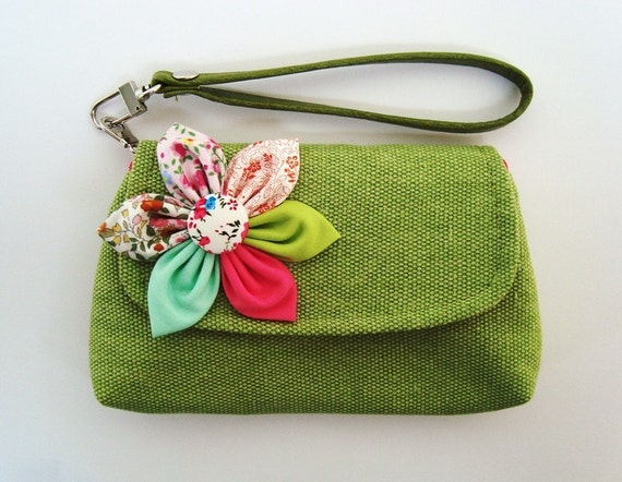 Green Wristlet For cell phone coin iphone blackberry