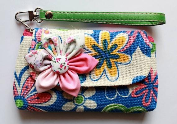Floral Wristlet iPhone blackberry PROMOTION Buy 3 Get 1 FREE