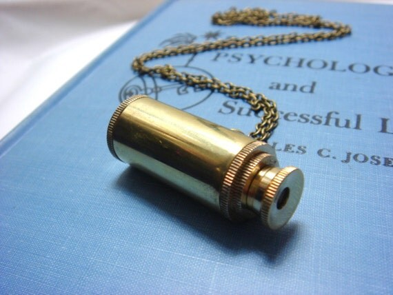 The Explorer - Necklace (Real-Working Telescope)