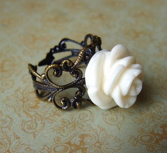 Elizabeth - Antiqued Brass Rose Ring