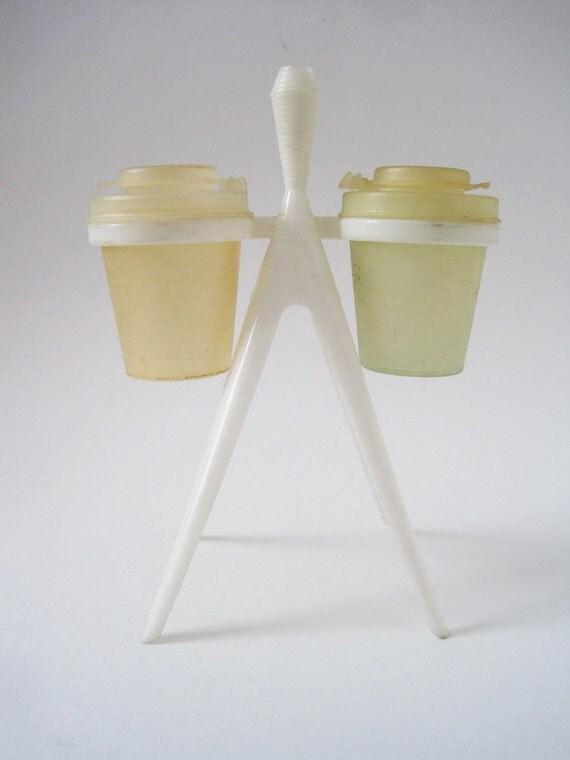 Vintage Mid Century Standing Atomic Salt and Pepper Shaker Holder